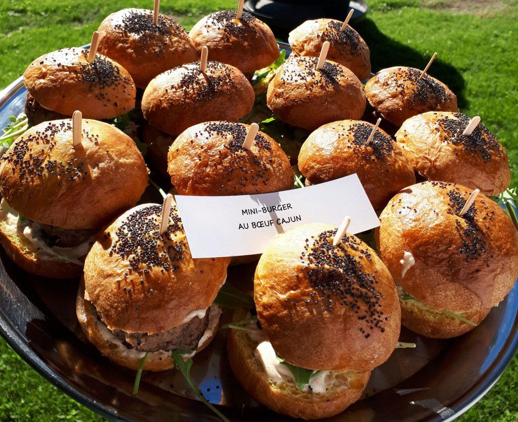 Mini-burger au boeuf Cajun sur pain brioché